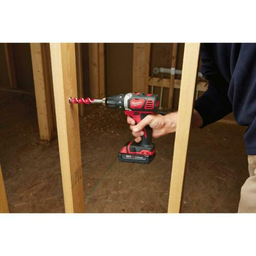 Milwaukee M18 18-Volt Lithium-Ion Cordless Drill Driver//Impact Driver Combo Kit