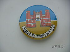 HAMPTON COURT PALACE PICTURE  BADGE