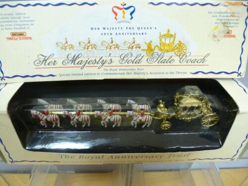 Boîte d'allumettes Modèle No.yy66 Entraîneur d'État   , Vn Mib   Her Majesty's