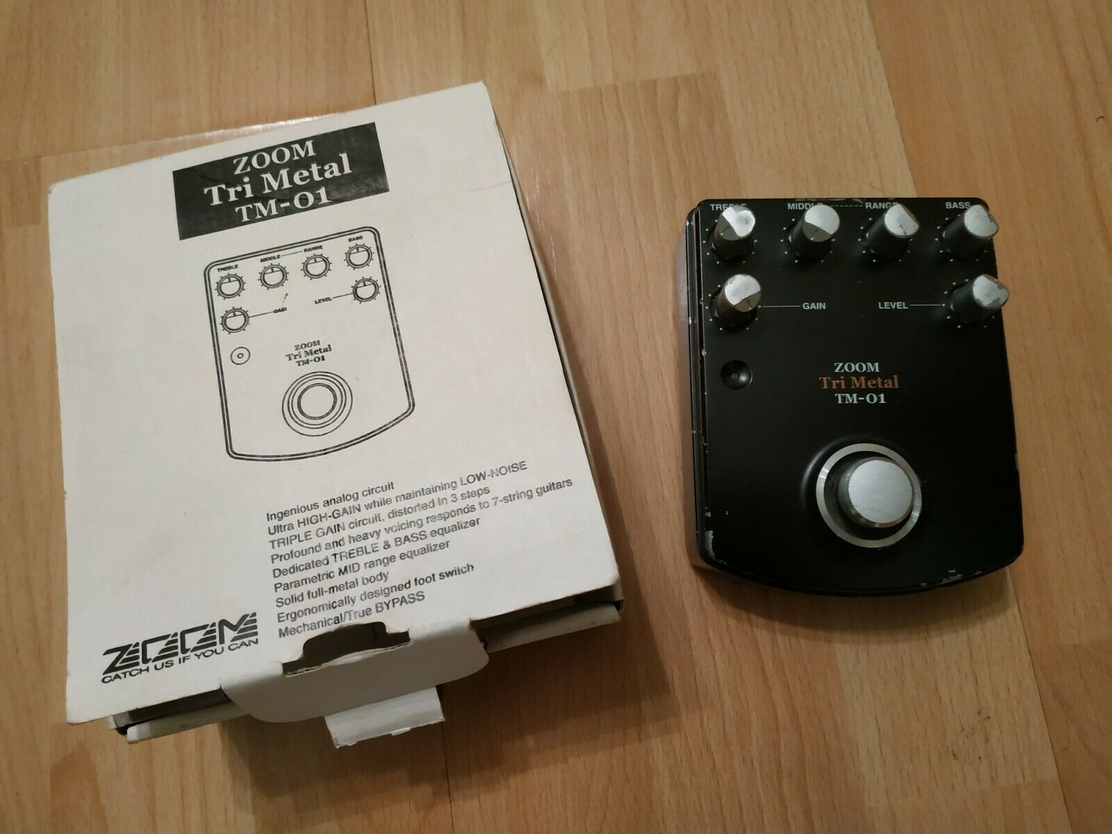 VERY RARE  ZOOM TRI METAL TM-01 BRUTAL HI-GAIN METAL DISTORTION PEDAL DX
