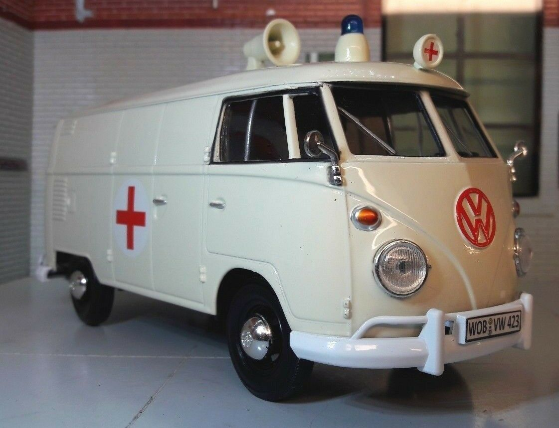G LGB 1 24 Scale VW T1 Type 2 Ambulance Diecast Model Van 1962 Motormax