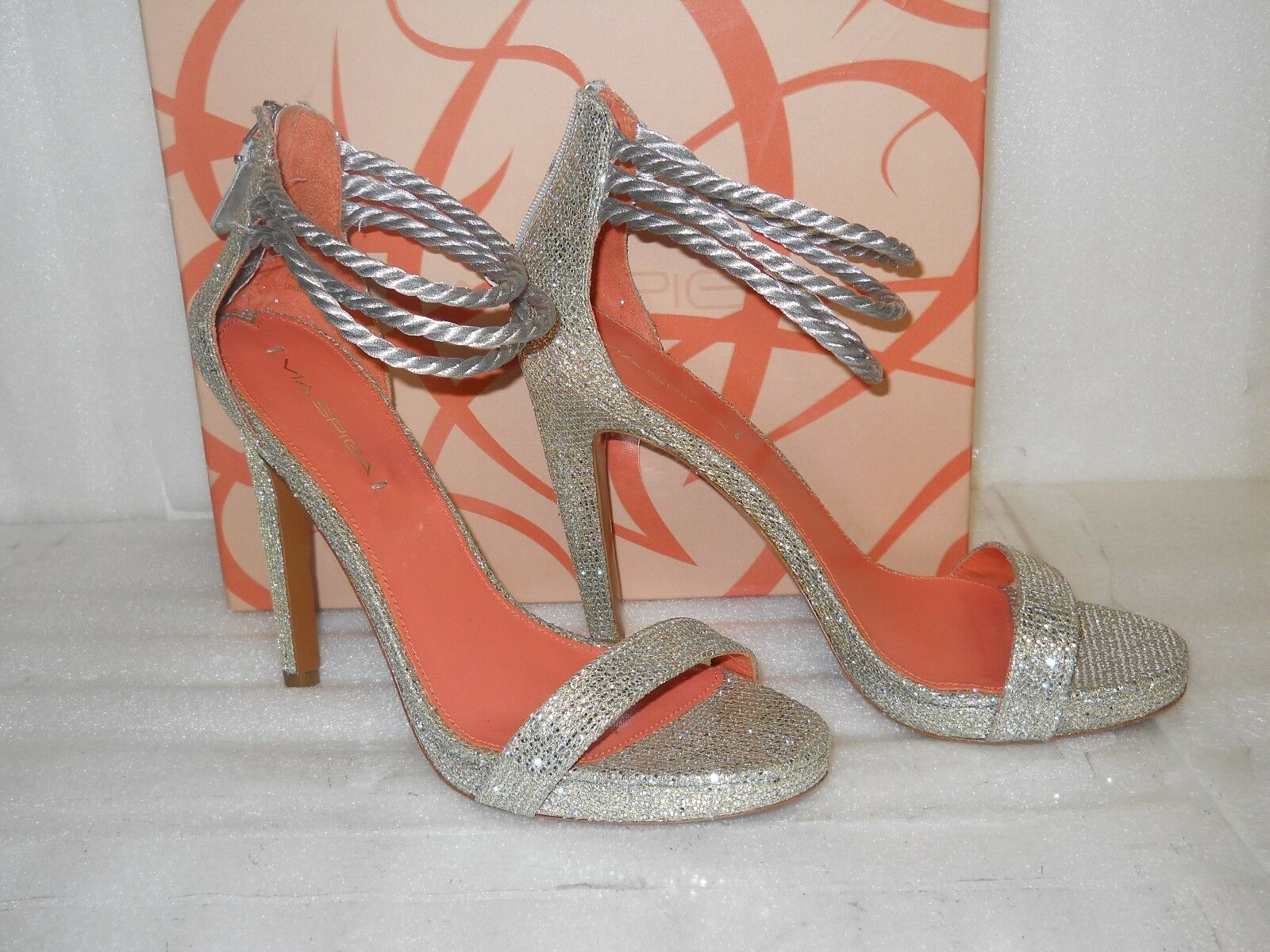 Via Spiga New Womens Penelope Silver Glitter Heels 9.5 M shoes NWB
