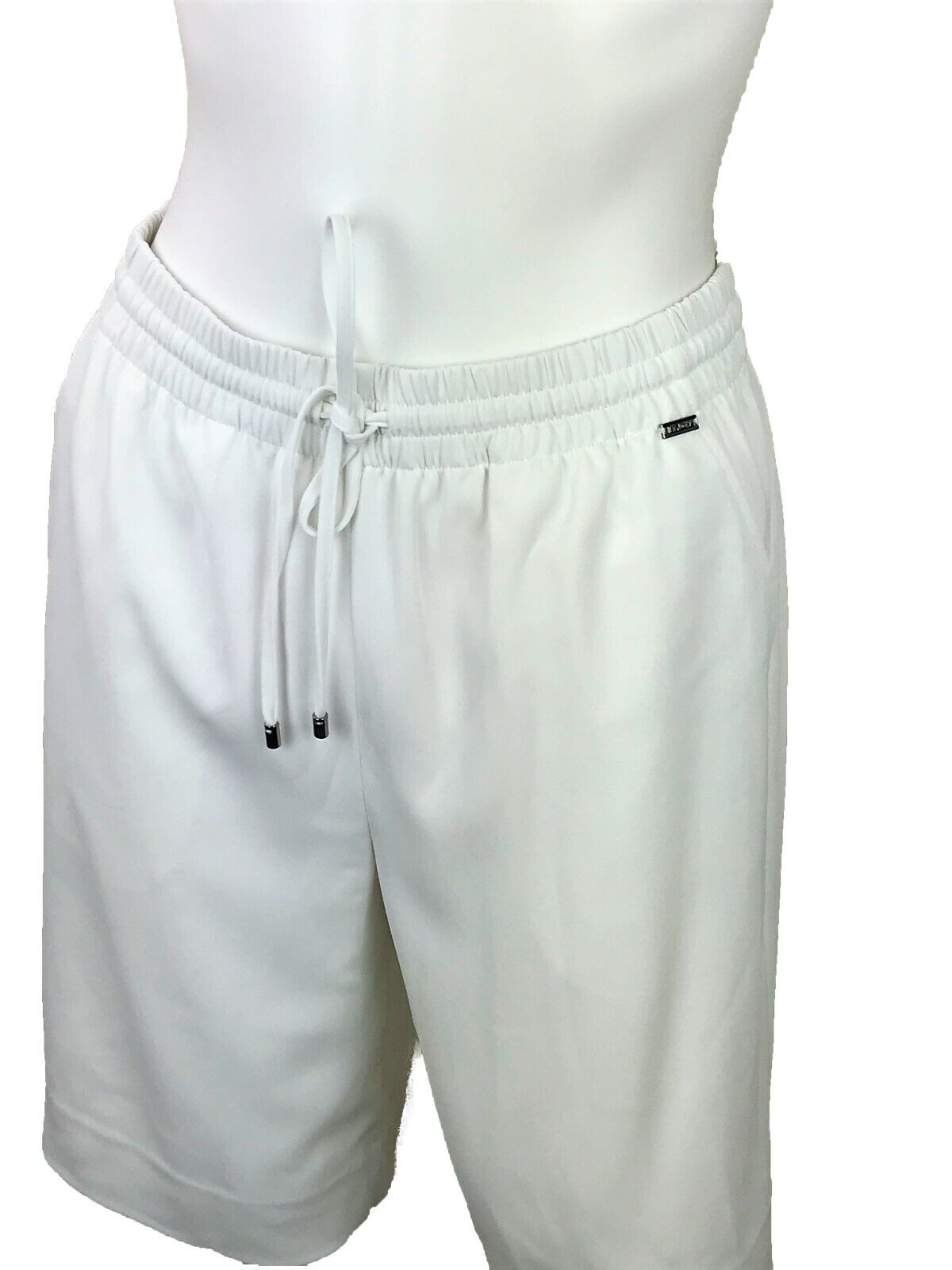 New w Tags  St. John Shorts. White. Size Small. Fully Lined. Drawstring.