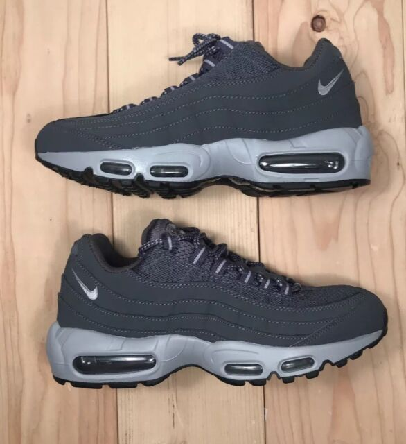 Nike Air Max 95 Premium Running Shoes Mens Size 8.5 Wolf Gray Colorway $150
