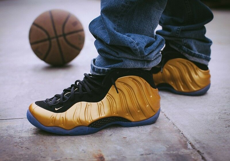 Nike Air Foamposite One One One Metallic gold Black NOW SHIPPING yezzy 314996-700 9ce418