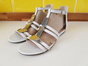 Details about Clarks Narrative Gold Gladiator Sandals Strappy Leather Summer Flat UK 4 D