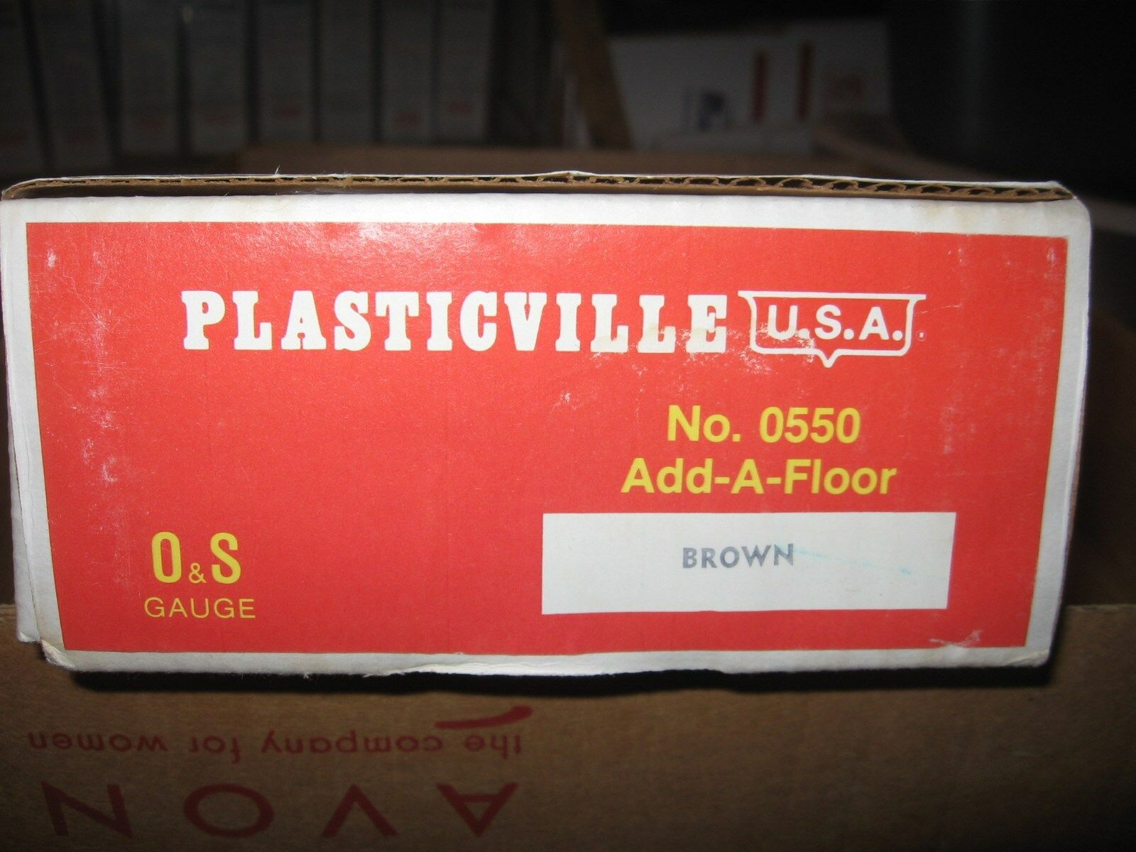 PLASTICVILLE U.S.A.re DISTRIBUTING 0500 0550 APT BLDG W    ADD ON FLOOR (Marroneee) acc275