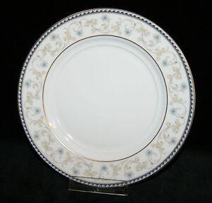 Koeniglich-Tettau-Porzellan-Opal-Ballade-3482-Brotteller-Kuchenteller