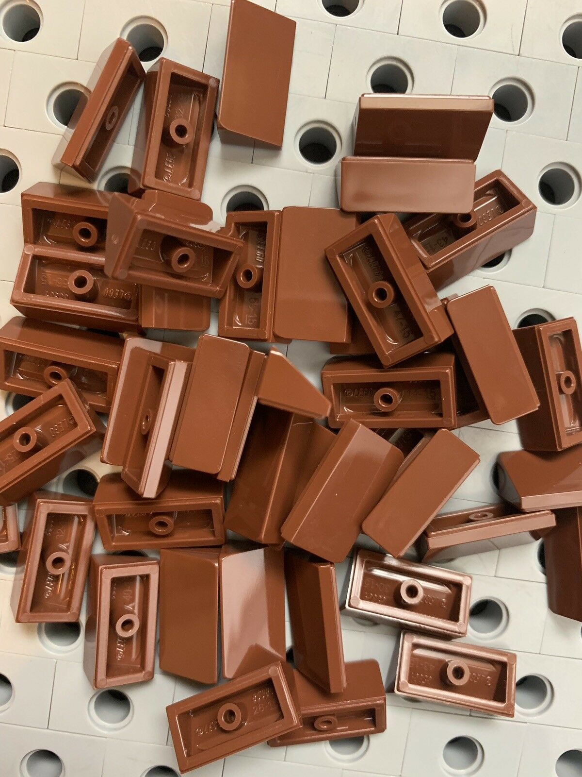 Lego Tan Slope Roof Tile 1x2x2//3 Abs New Lot Of 24