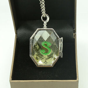 Mode-Halskette-Harry-Potter-SLYTHERIN-KRISTALL-SCHLANGE-HORCRUX-Locket-Amulett