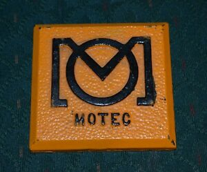 Minneapolis-Moline-Tractor-Company-Motec-Cast-Iron-Paperweight