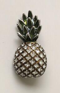 Vintage-style-pineapple-Brooch-pin-in-enamel-on-Metal