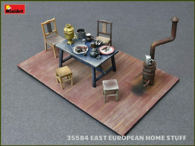 MiniArt 1//35 Luggage Set 1930 1940s Scale Model Kit 35582 for sale online