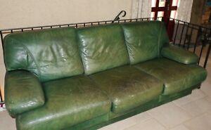 canapé en cuir vert 3 places