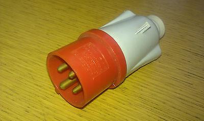 Gewiss gw62008 16a 3 Pin /& E Inline Socket IP44