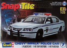 Coche de policía 1:25 Revell 85-1928: Chevrolet Impala Police Car