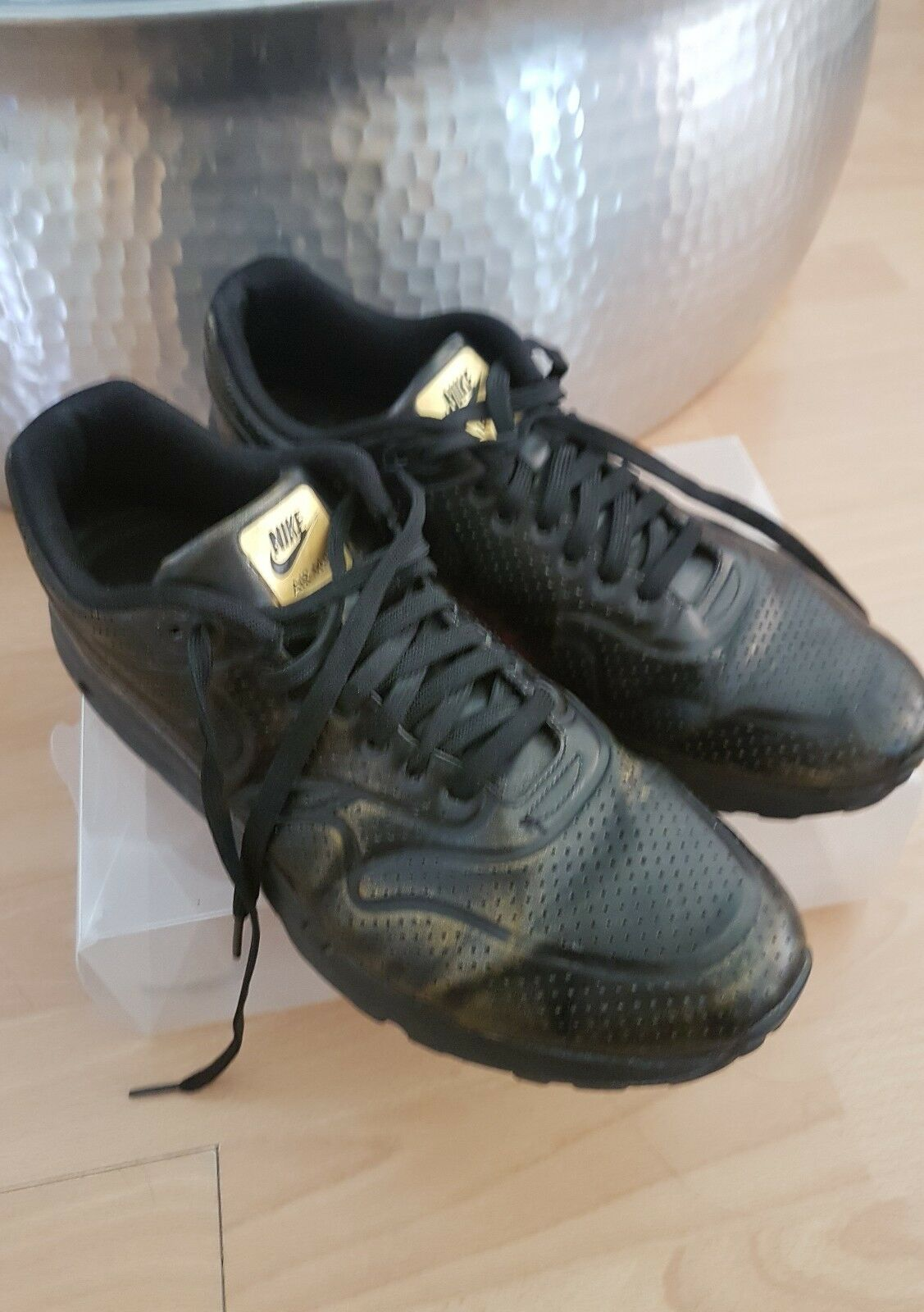 Nike Air max One Gold Pack As 10 best-selling model of the brand