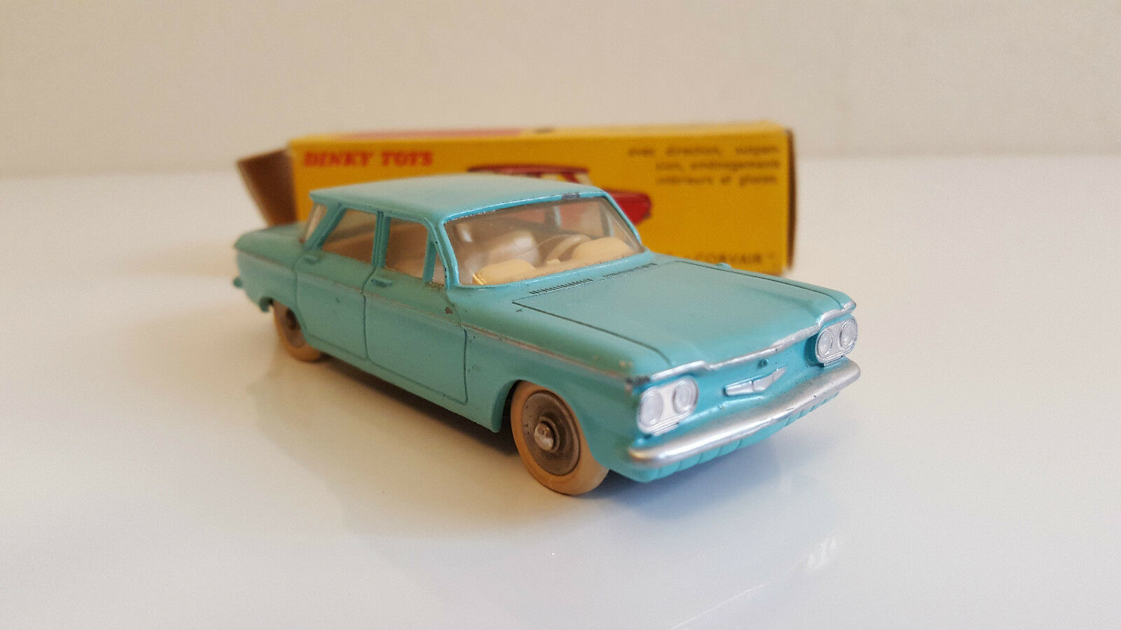 Dinky Toys - 522 - Chevrolet  Corvair en boîte d'origine  prix de gros