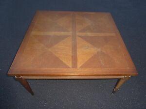 Vintage-Mid-Century-Modern-Solid-Wood-Peg-Leg-Coffee-Table