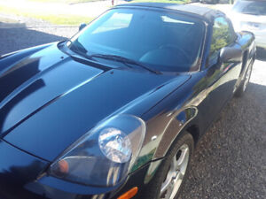 2002 Toyota MR 2 Cuir