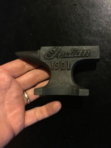 Indian Motorcycles Cast Iron Anvil Advertisement G/Vg 1Lb+ Desk Home Paperweight