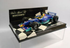 Minichamps-Escala-F1-1-43-430-990012-Red-Bull-Sauber-Petronas-P-Diniz