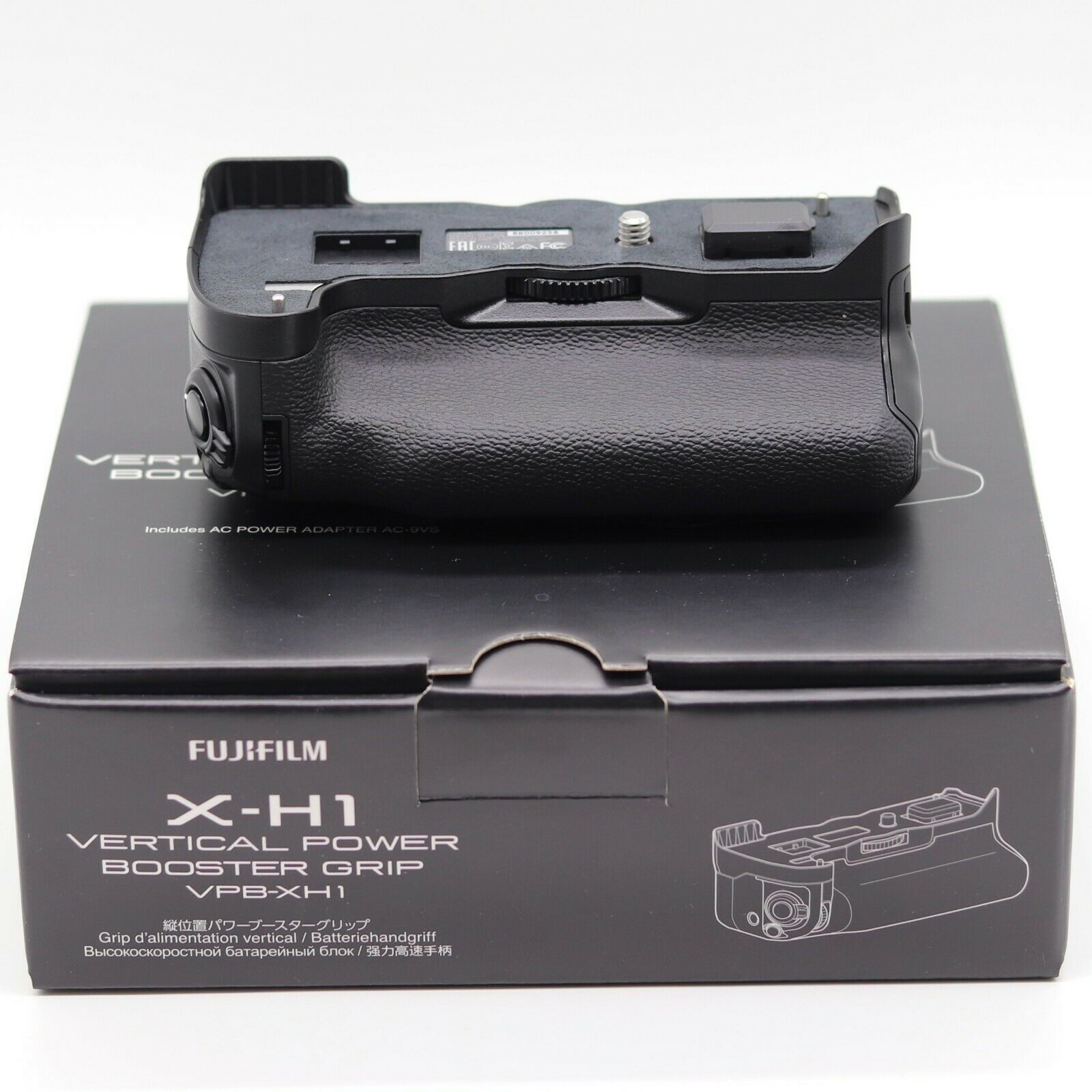 New Fujifilm X-H1 Vertical Power Booster Grip VBP-XH1 Boxed New