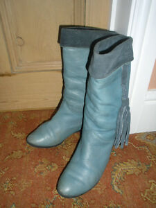 TRICKERS INTERNATIONAL ITALIAN BOOTS SIZE 4 THICK SUEDE LEATHER DUCK EGG BLUE