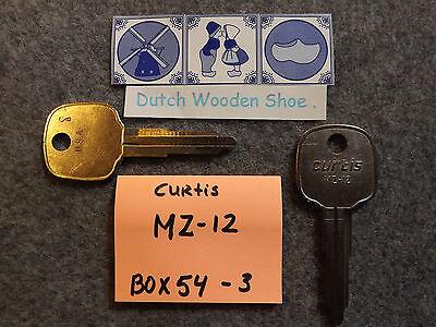 Set of 2 key blank uncut blade cole MZ12 D80K Mazda