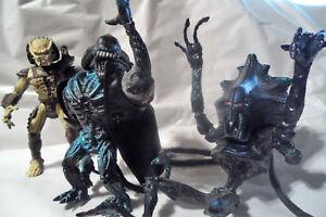 Kenner-Predators-Renegade-Predator-and-2-Aliens-3-Action-Figures