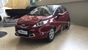 Details about Diecast Car Model Old Ford Fiesta 1:18 (Red/Dark Purple) +  GIFT!!!!!!!!!