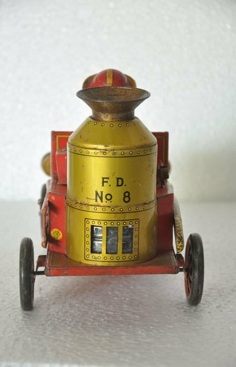 Vintage Battery Battery Battery F.D No.8 MT Trademark Litho Unique Milk Dairy Jeep Tin Toy,Japan b909f6