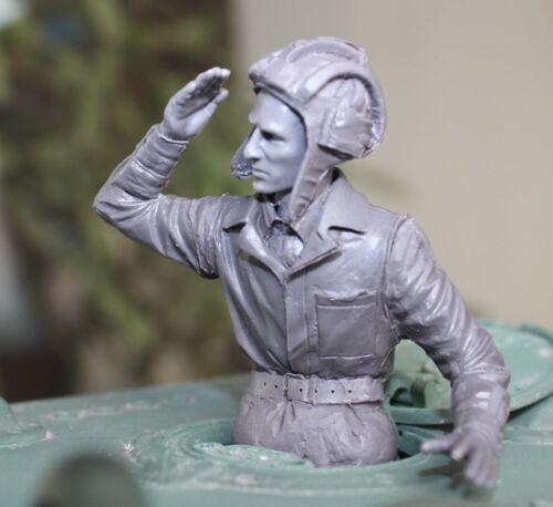 russian soldier for KV-1 Kolobanov scale 1:16 resin kit 120 mm resin kit