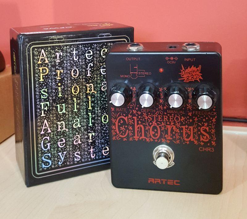 ARTEC CHR-3 Stereo-Chorus Gitarren Effekt Pedal NEUWARE