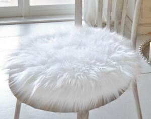 Fell Sitzauflage deko fell fellimitat dekokissen sitzkissen sitzauflage weiß ebay