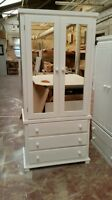Bedroom Arizona 3 Drawer, Double Mirrored Wardrobe (assembled) No Flat-pack