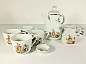 Vintage-Kahla-Children-Porcelain-Tea-Set-w-Box-Rabbit-Hedgehog-Germany-Dem-Rep