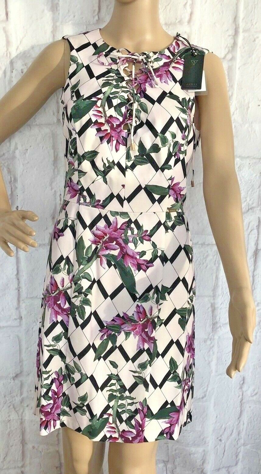Guess Los Angeles Womens Dress Size 8 purple Multi Floral Sleeveless Wedding New