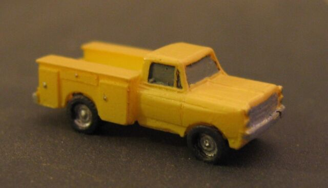UTILITY TRUCK - Z-5152 - Z Scale by Randy Brown