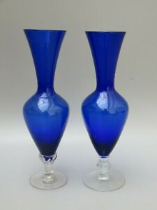Cobalt-Blue-and-Clear-Glass-Vases-set-of-2-With-Twist-Stem