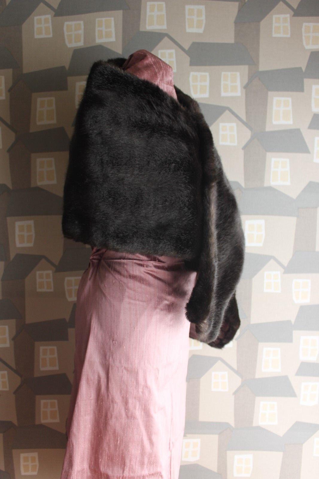Vintage Faux Fur. Fur Bijou model by Heinz Heinz Heinz Oestergaard, 70's Fur e44351
