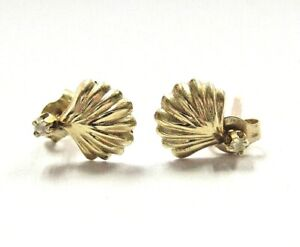14K Yellow Gold Seashell Screw Back Stud Earrings Girls Jewelry