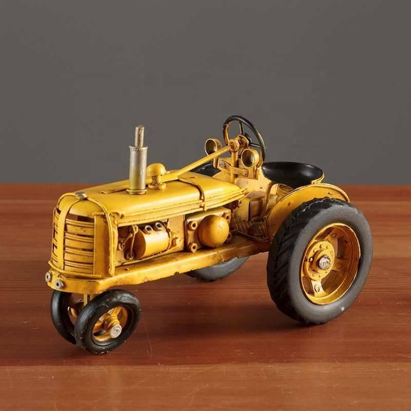 Estatuilla de juguete de estaño clásico objeto Antiguo Tractor de decoración decoración de interiores
