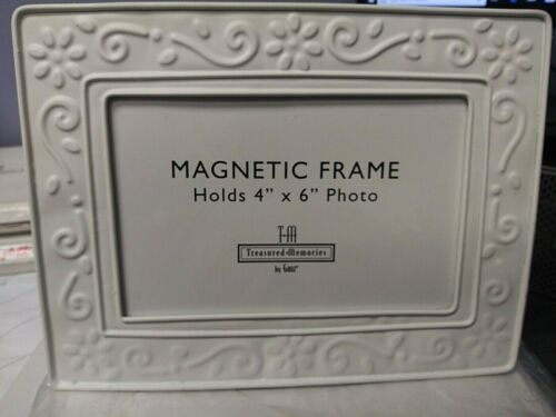 Treasured Memories White Magnetic Picture Frame