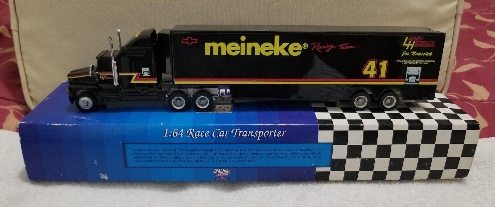 Platinum Series Joe Nemechek 1 64 Scale Race Coche Transporter 1 of 2,508 (New)