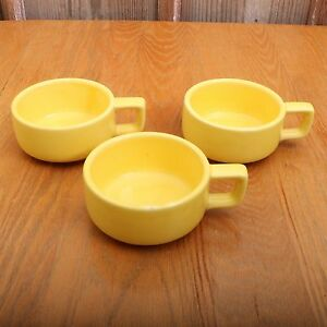 3-Vintage-Yellow-Holt-Howard-Soup-Bowls-Cups-1962