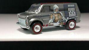 Hot-Wheels-Ford-Transit-Super-Van-Star-Wars-Real-Riders-Detailed-Solid