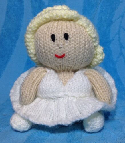 KNITTING PATTERN Marilyn Monroe inspired chocolate orange cover or 15 cms toy