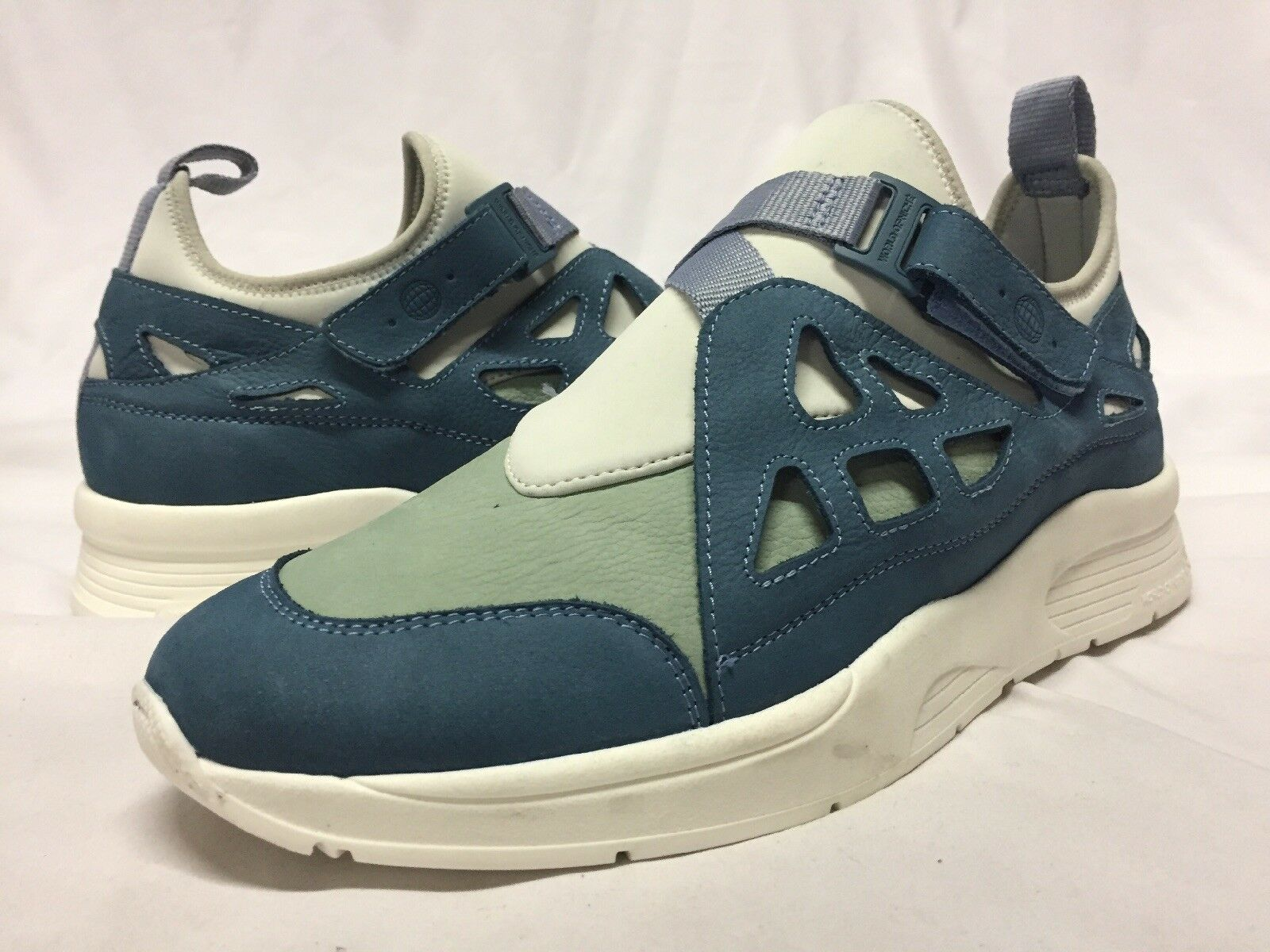 World Of Niche Torpedo Ronnie Fieg x Sneaker Boots Size 42....US 9..Ni  T