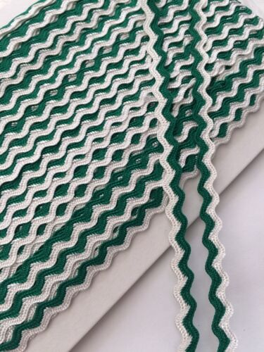 White Ric Rac Braid Trim 8mm x The Meter Emerald Green